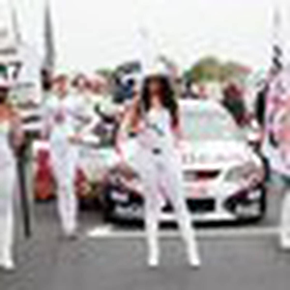 V8 Supercars may roll out of Hamilton - NZ Herald