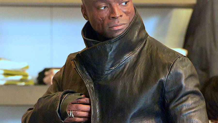 Actress Accuses Seal of Groping and Forcefully Kissing Her