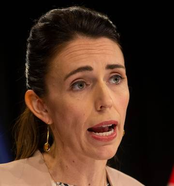 Jacinda Ardern At Home With Significant Facial Swelling After Wisdom Tooth Surgery Nz Herald