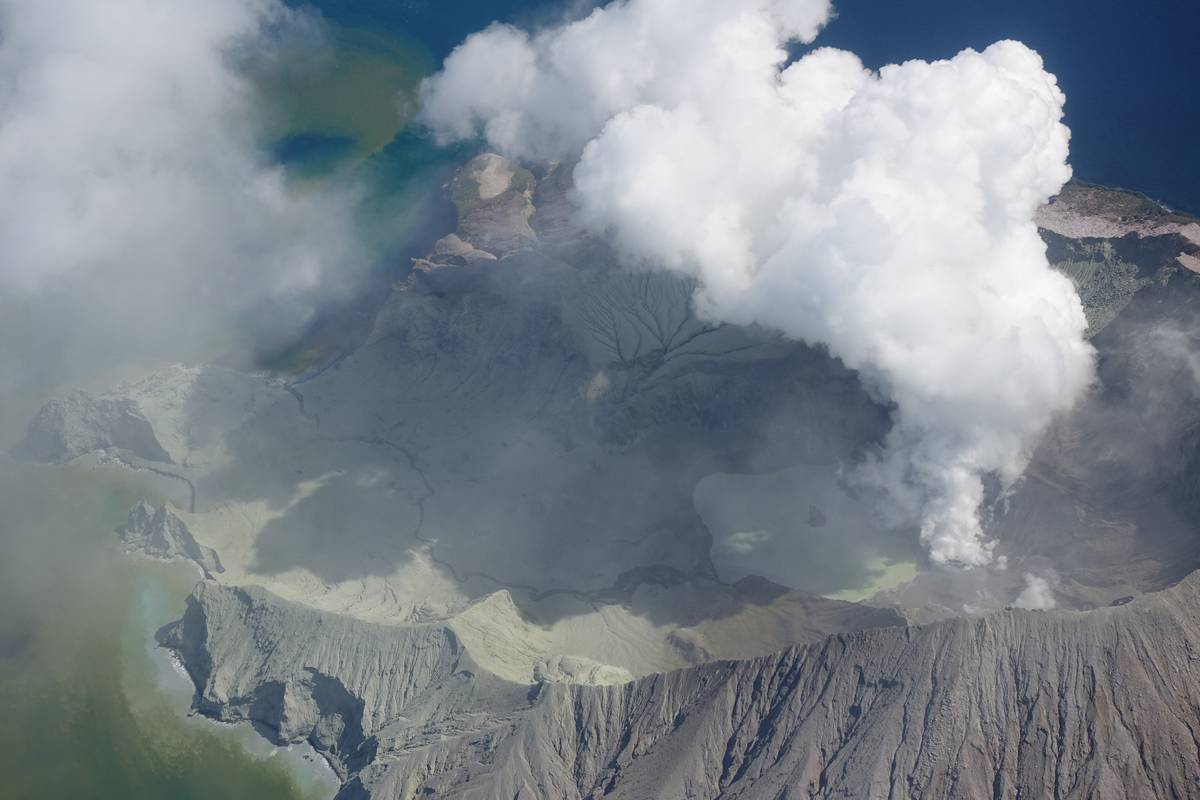 White Island eruption: Family flies to NZ to support American victims of 'terrible' tragedy