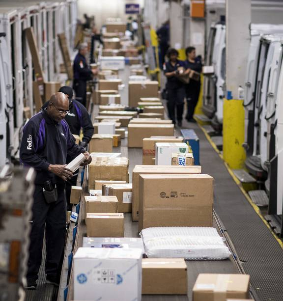 Cyber Monday Set To Be Biggest Online Shopping Day In Us History Nz Herald