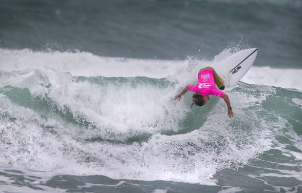 Lee Ririnui in action at the national surfing championships at Piha in 2017. Photo / File