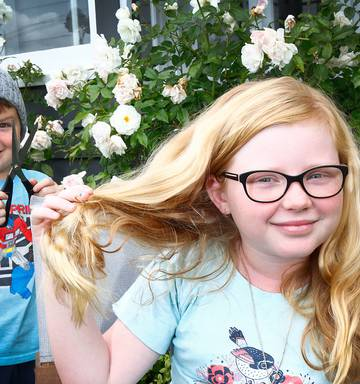 Girls Head Shave Experience | Abcforkids