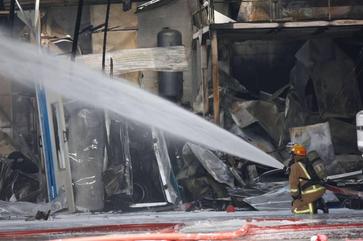 'Black smoke billowing': Firefighters extinguish East Tamaki blaze