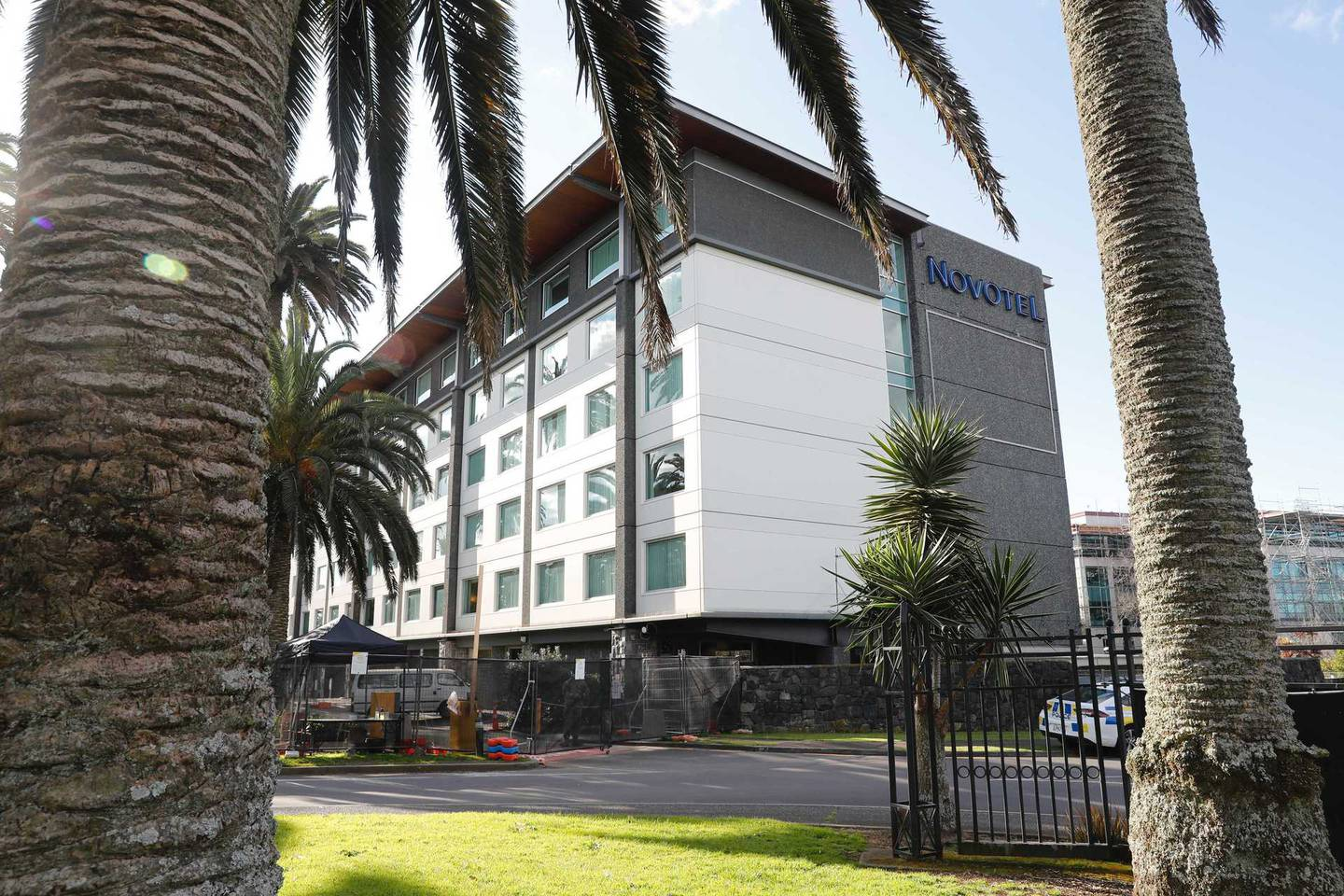 The Novotel Ellerslie where a Covid-19 positive man allegedly fled from overnight. Photo / Dean Purcell