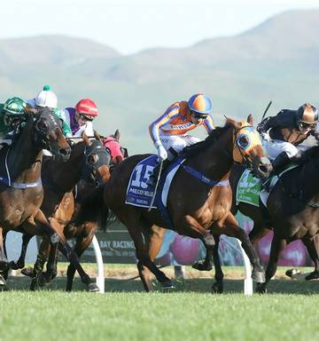 Racing Wide Draw Not Kiss Of Death Nz Herald