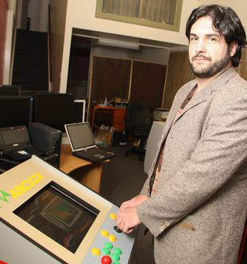 New use for bit parts in old style arcade gaming - NZ Herald