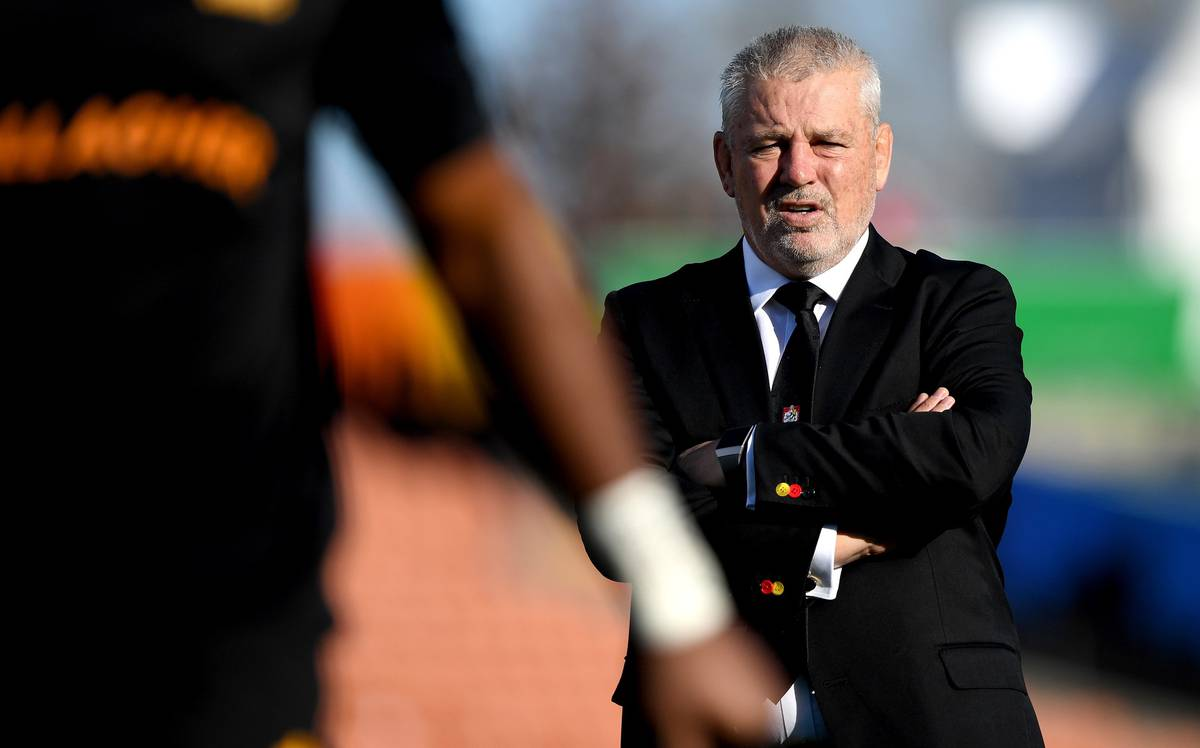Super Rugby Aotearoa: Chiefs coach Warren Gatland says New Zealand referees must improve to be recognised internationally