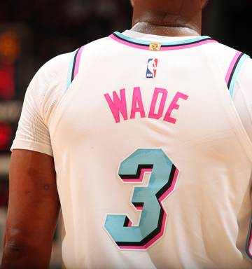 watch 19884 a5f07 NBA: Stocks run out for Dwayne Wade's 'Miami Vice' jersey ...