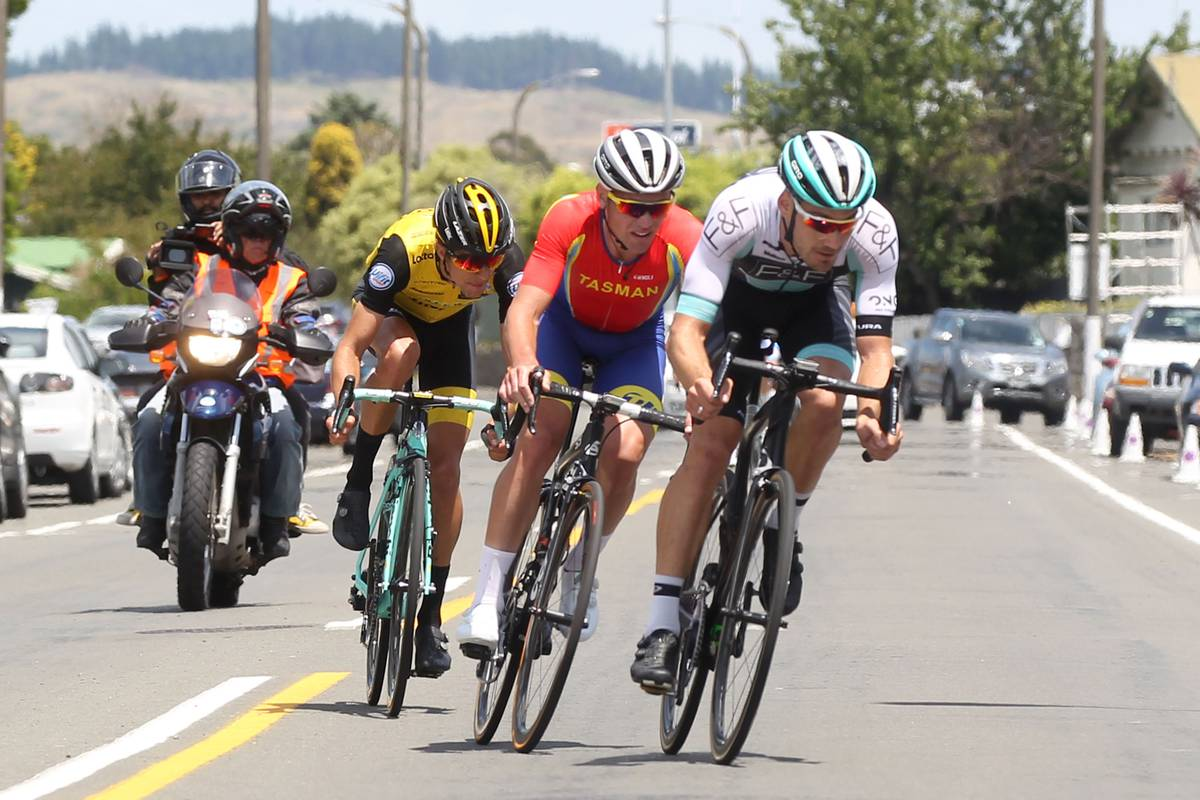 Cycling Two Timer Eyes Gold Coast Nod Nz Herald Faulty Circuit Breaker Blamed For Outage At Nationals Park Fox