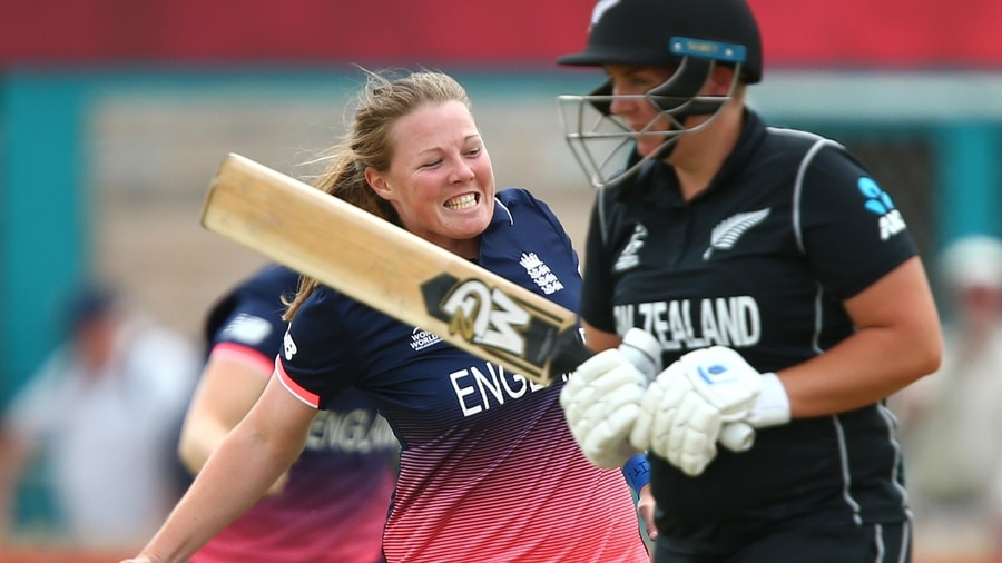 England seal place in last four as Natalie Sciver devises the 'Natmeg'