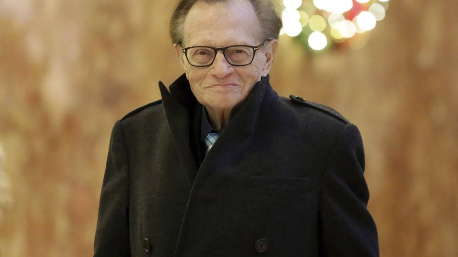 Larry King Shocks Fans With Lung Cancer Diagnosis At 83!