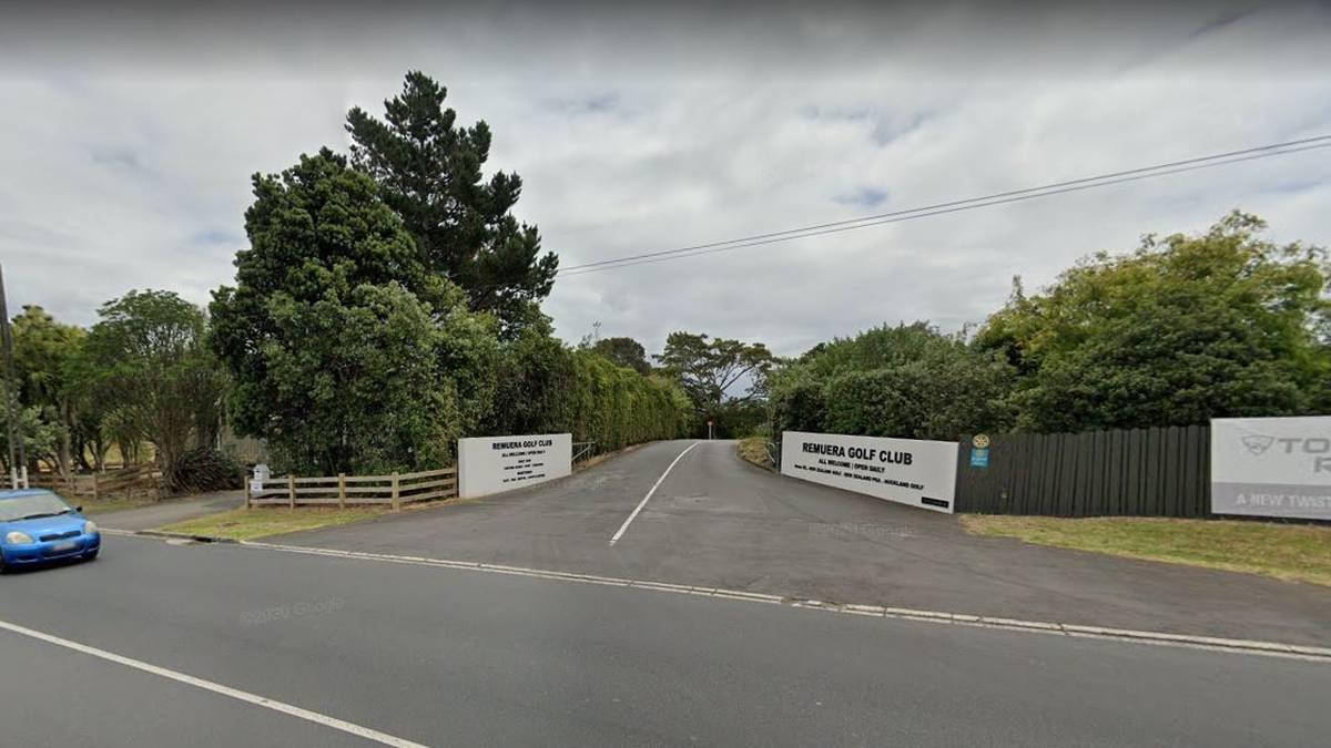 Covid 19 coronavirus: Premier Auckland golf club closed for deep cleaning