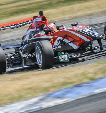 data di rilascio: d4917 28820 Motorsport: Kiwi studying to become F1 driver - NZ Herald