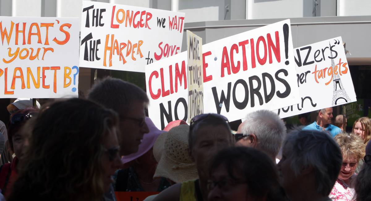 Politicians have mixed views on students' climate change protest