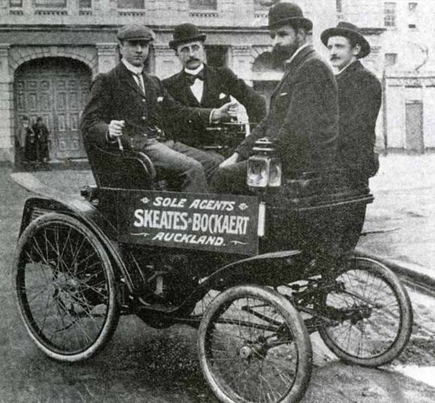 The first car was imported to Auckland in 1900. A Star, made in Britain, it was the third car imported into New Zealand.