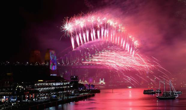 Fireworks on Sydney Harbour to welcome in 2019. Photo / Getty