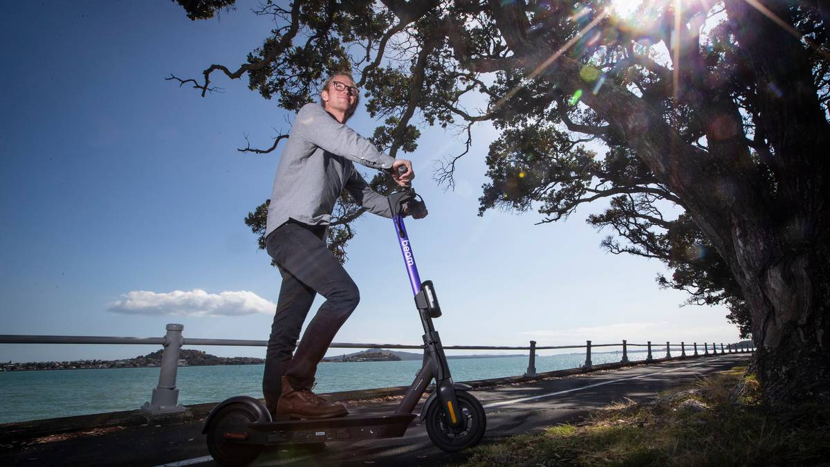 Battle of the e-scooters: Beam, Jump, Neuron and Flamingo take to Auckland's streets - NZ Herald