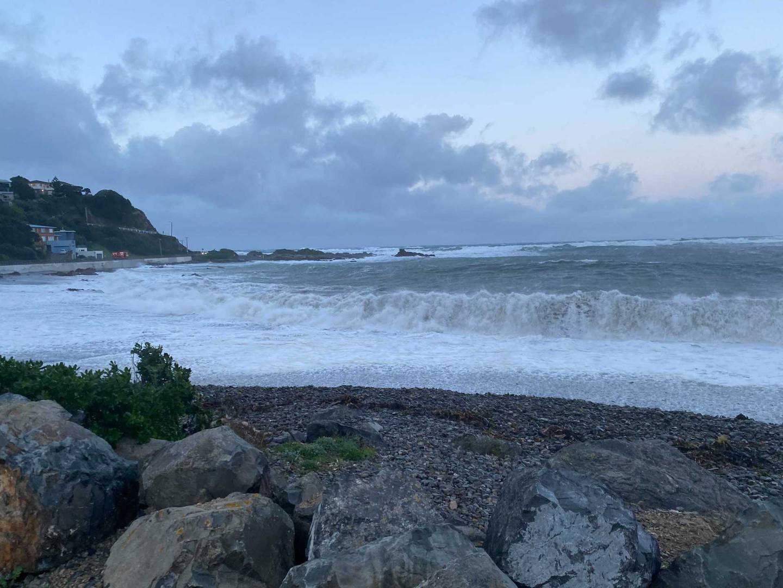 Big swells are hammering Ōwhiro Bay this morning in Wellington.