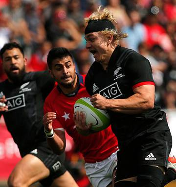 ... Openside flanker Mitch Karpik scored two tries for the Maori All Blacks  rin their big win 856d30ed8