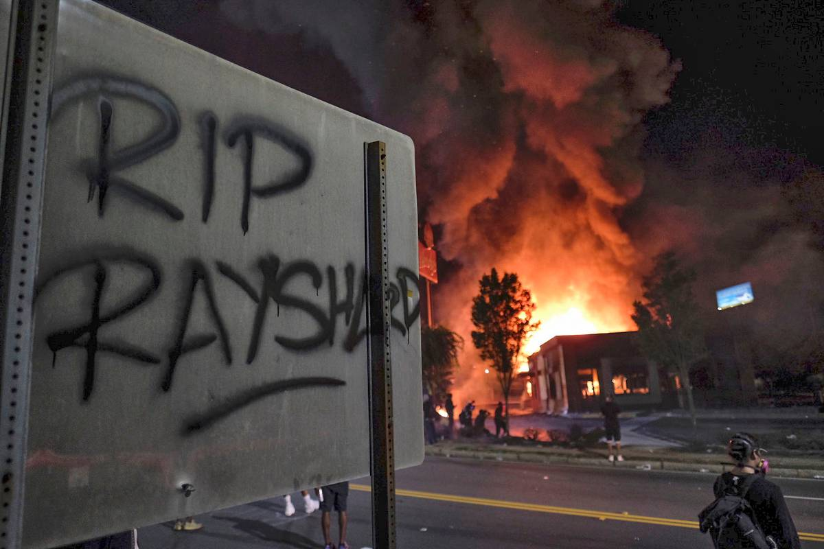 Black Lives Matter: Angry protesters burn down scene of Rayshard Brooks shooting in Atlanta