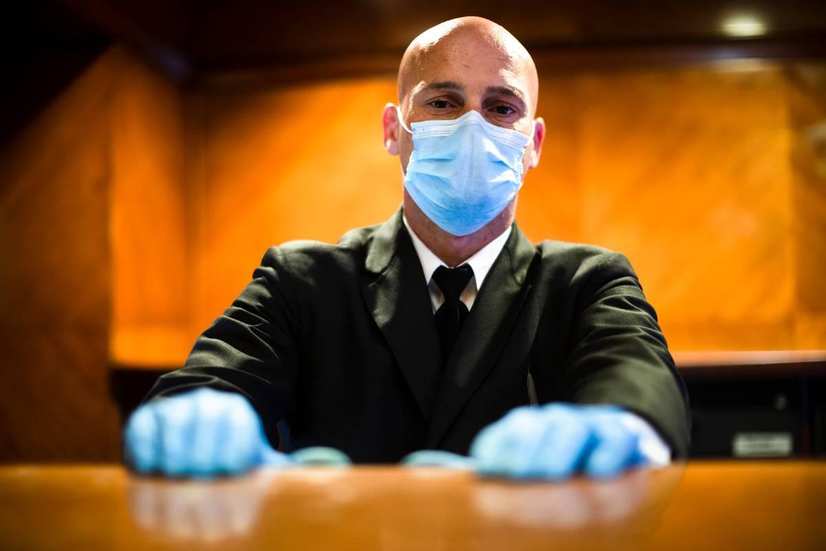 Covid 19 coronavirus: Deaths in New York, Britain spike