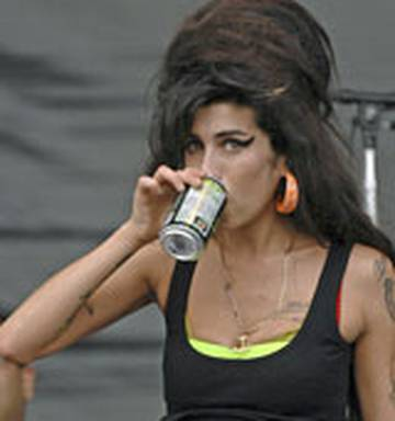 Amy Winehouse 'went on three-day drug binge' - NZ Herald
