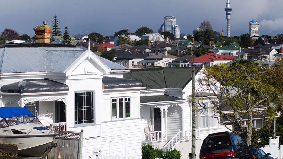 New Zealand House Prices Rise, Sales Plunge In October: REINZ