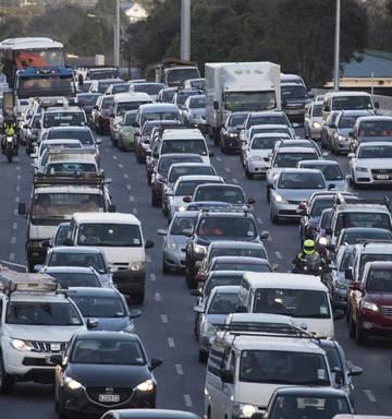 Rising NZ emissions sparks call for transport crackdown - NZ