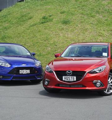Ford Focus St Vs Mazda3 Sp22 Dynamic Duo Walk The Torque Nz Herald