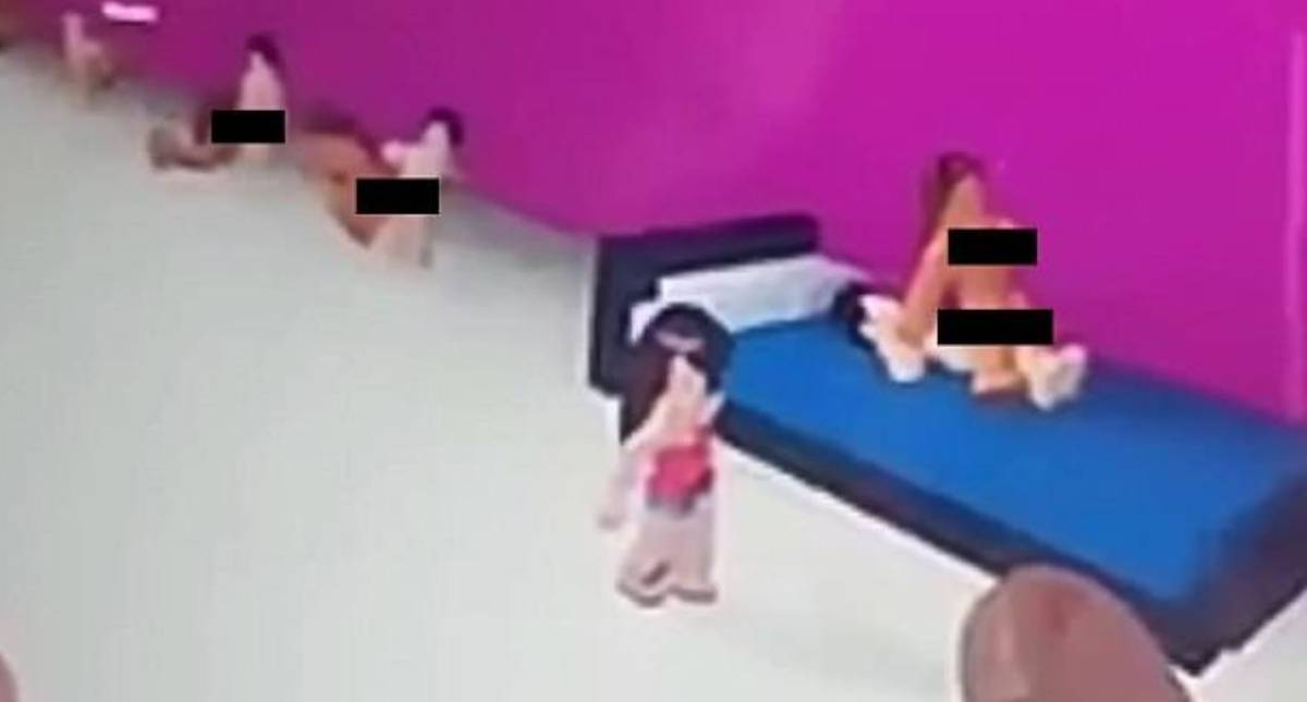 Girl 6 Invited To Sex Room While Playing Children S Video Game