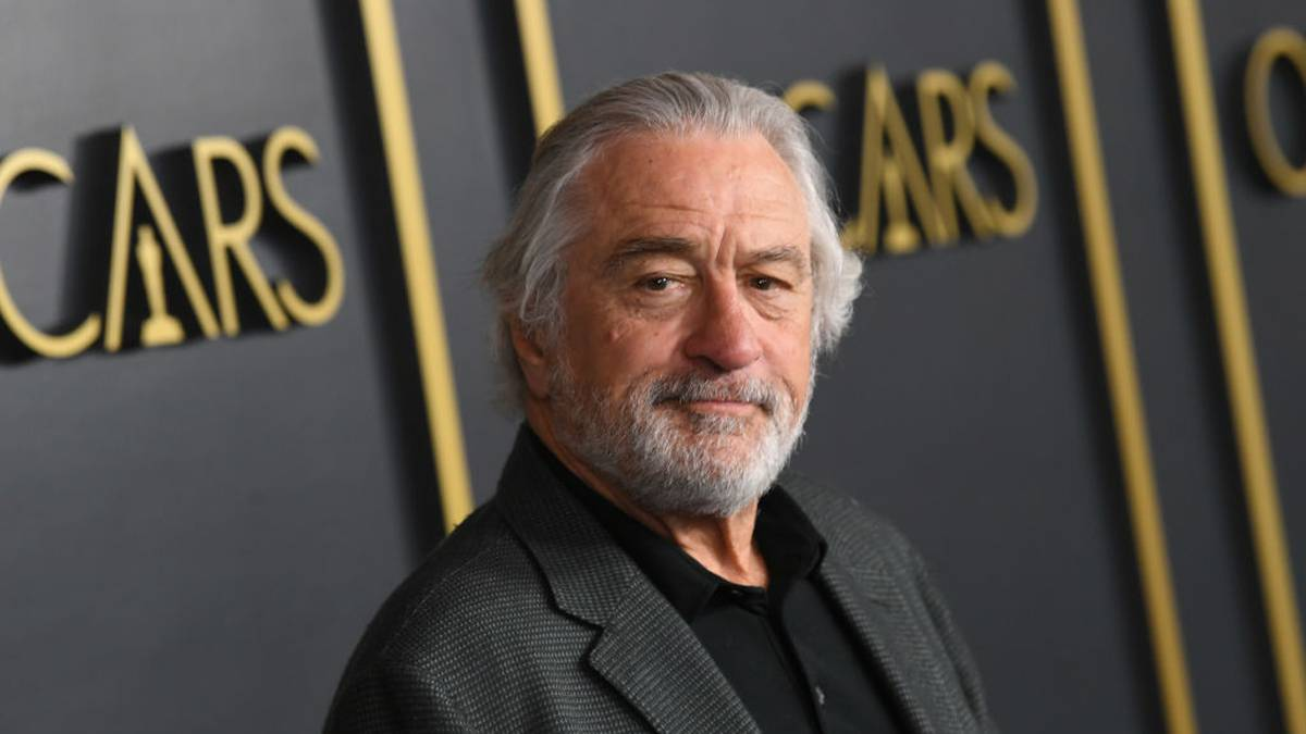 Robert De Niro in 'excruciating ache' after film set harm – NZ Herald