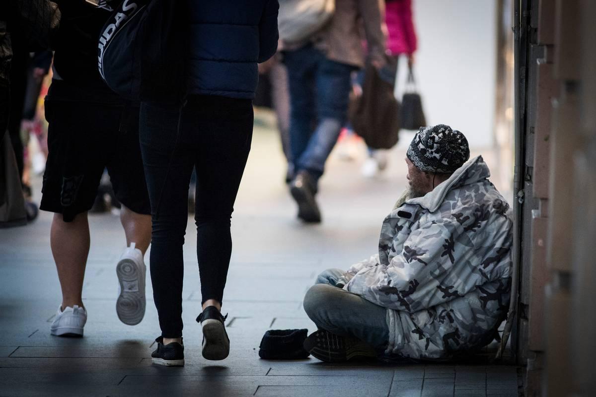 'No homeless men' ad for CBD apartment slammed as 'totally insensitive'