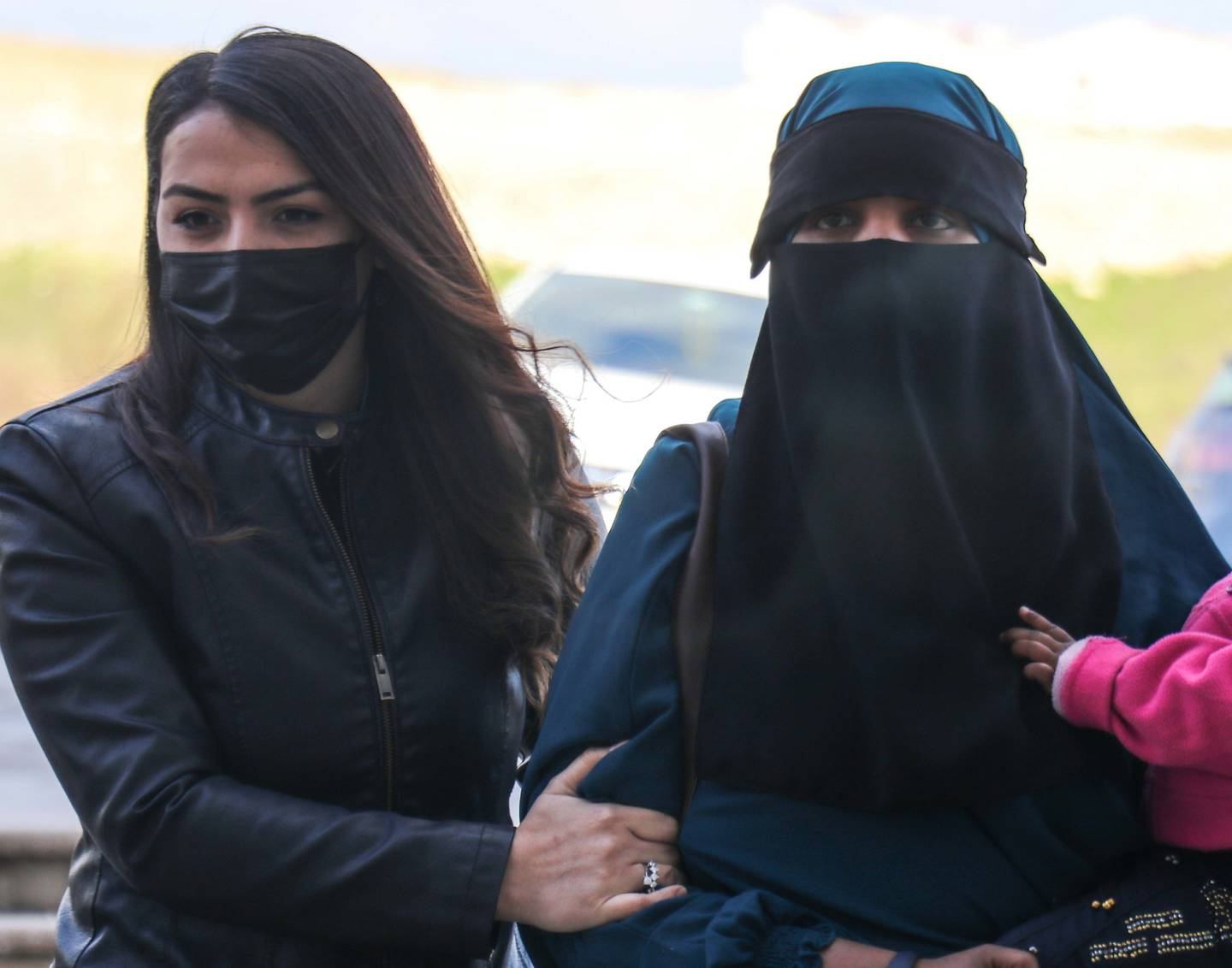 NZ-born Suhayra Aden (right) and her two children were detained by Turkey after trying to illegally cross the Syrian border earlier this year. Photo / Getty Images