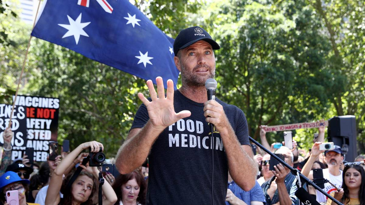 Pete Evans is selling Evolve Health Lab in Byron Bay less than a year after opening