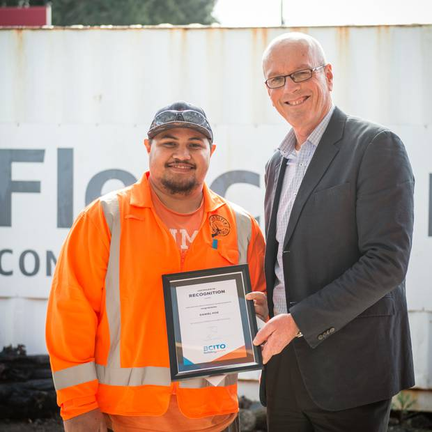 BCITO chief executive Warwick Quinn (right), with Daniel Poe (left), the 11,000th Kiwi apprentice working towards a building qualification. Photo / File