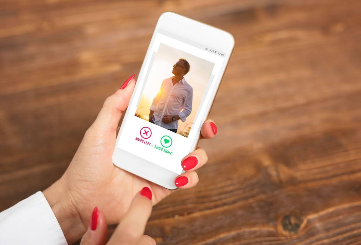 Psychologist reveals expert hacks for finding love on dating
