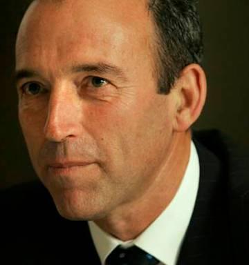 NZ richest man Graeme Hart and NZ Herald targeted in Bitcoin scam