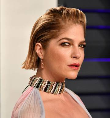 Selma Blair responds to negative comments on her nude