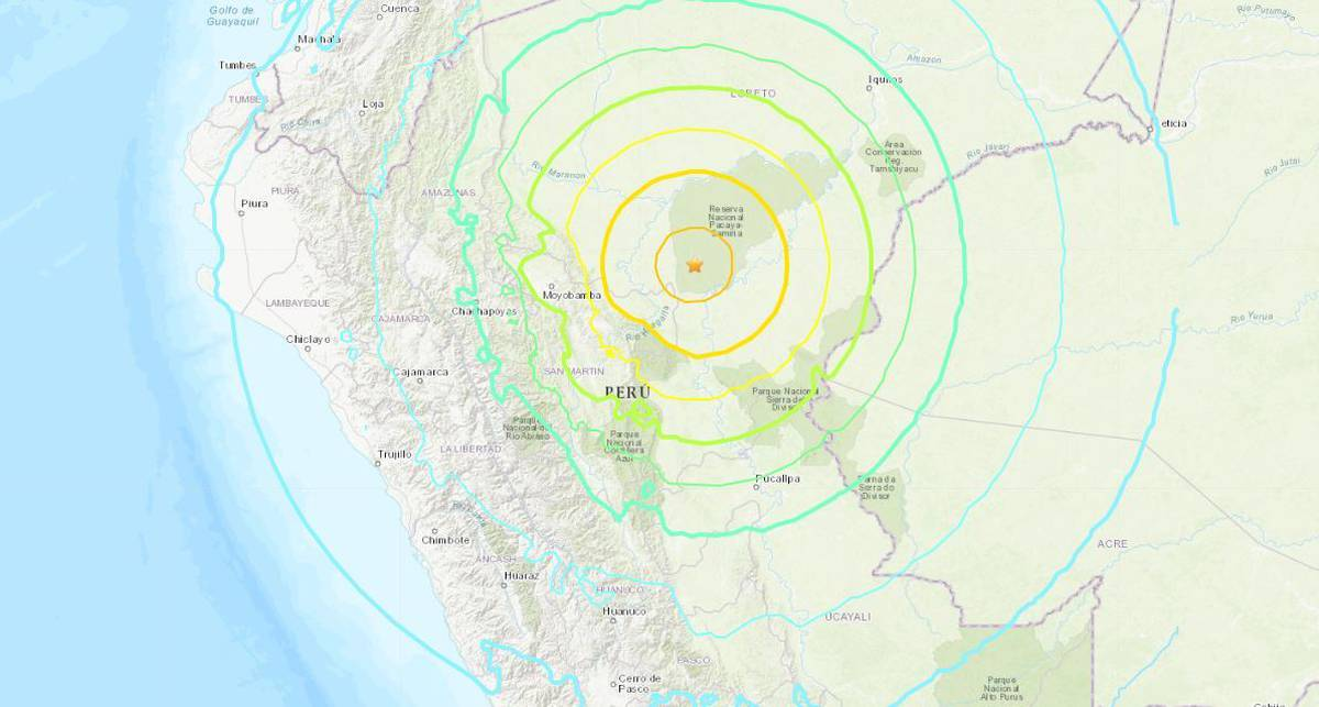 Magnitude 8 earthquake hits northern Peru