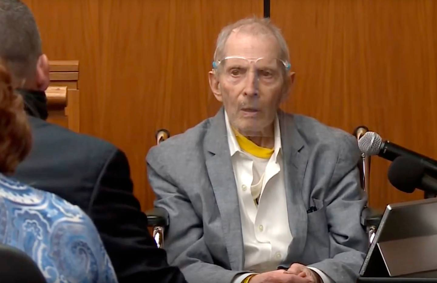 Real estate heir Robert Durst answers questions while taking the stand during his murder trial in August 2021. Photo / AP