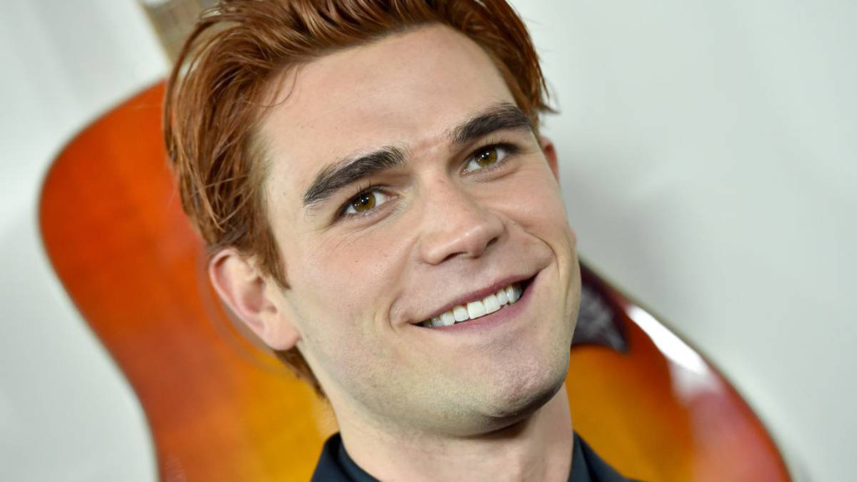 'I did not need to keep in New Zealand, full cease': KJ Apa blasts NZ's 'tall poppy syndrome' – NZ Herald