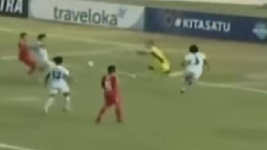 Persela Lamongan goalkeeper Choirul Huda dies after collision with teammate