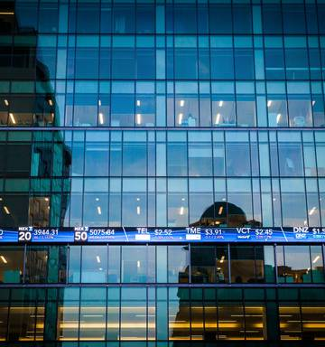 NZX50 hits record as yield stocks remain in vogue - NZ Herald