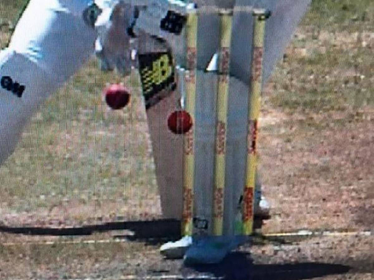 Cricket: Disbelief at wild DRS blunder in Australia v South