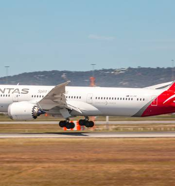 Qantas takes a leap with new flights Brisbane to Chicago and