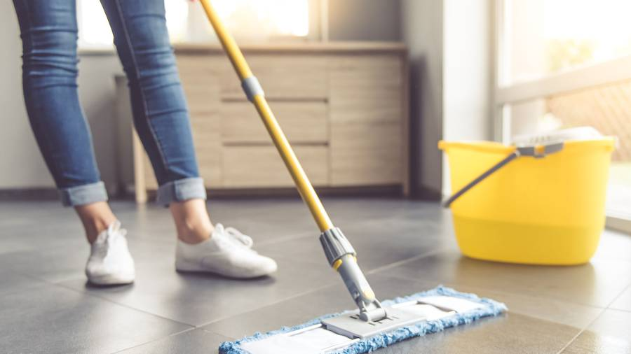 Tile floor cleaning service