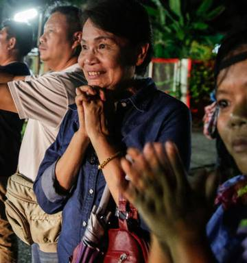 Live Thai Cave Rescue Four Boys In Hospital Operation Set To