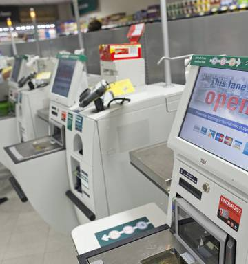 Angry woman outs husband for self-service checkout theft on