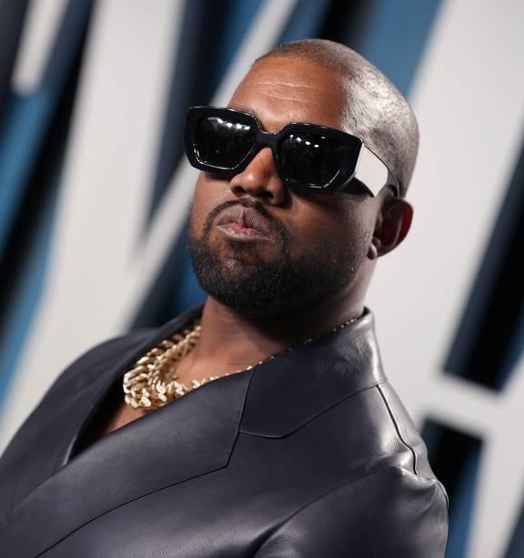 i won t stop kanye west urinates on his grammy award nz herald i won t stop kanye west urinates on